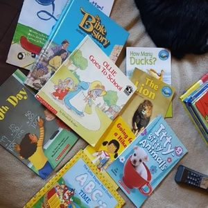 Bundle of 9 childrens book, nice condition